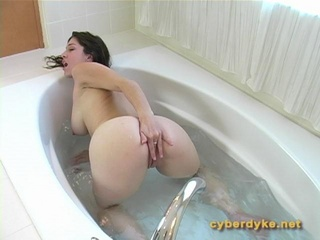 Kymberly Jane: Bath Fun #2